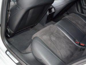 Audi nach der Innenreinigung